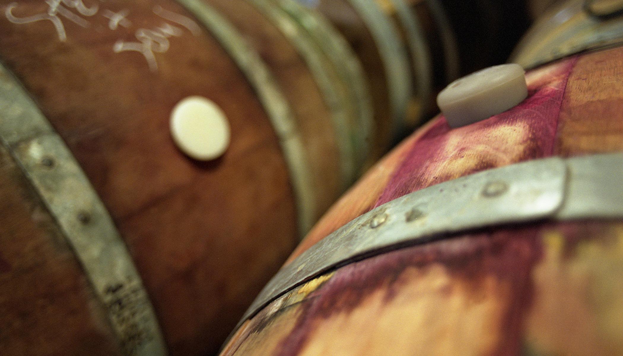 wine barrels for benchmark